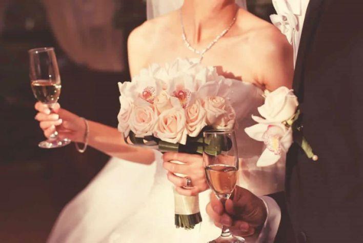 Gợi ý lựa chọn vang Ý tiệc cưới cho các cặp uyên ương