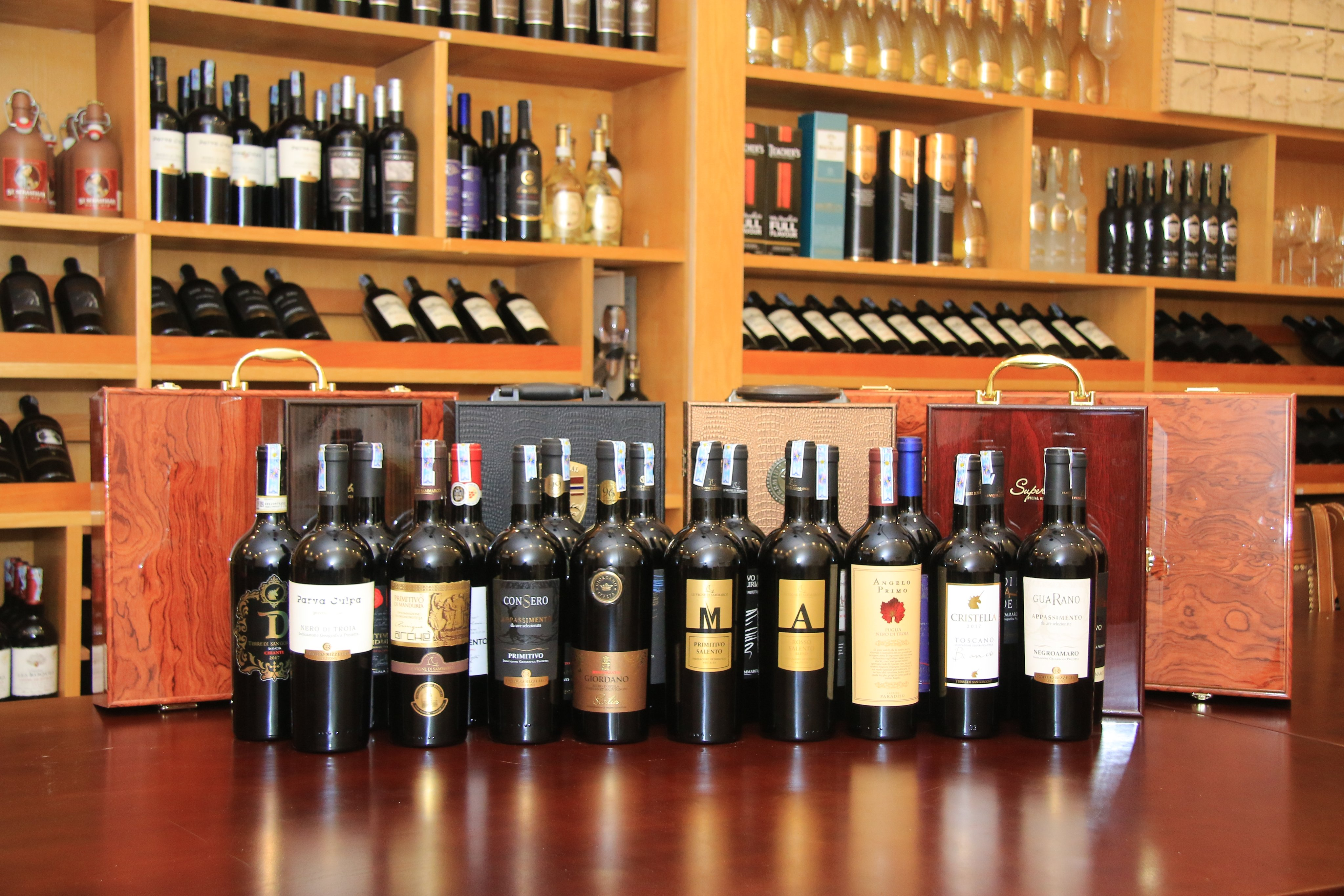 Chọn rượu vang chuẩn như chuyên gia với 4 bí quyết đơn giản
