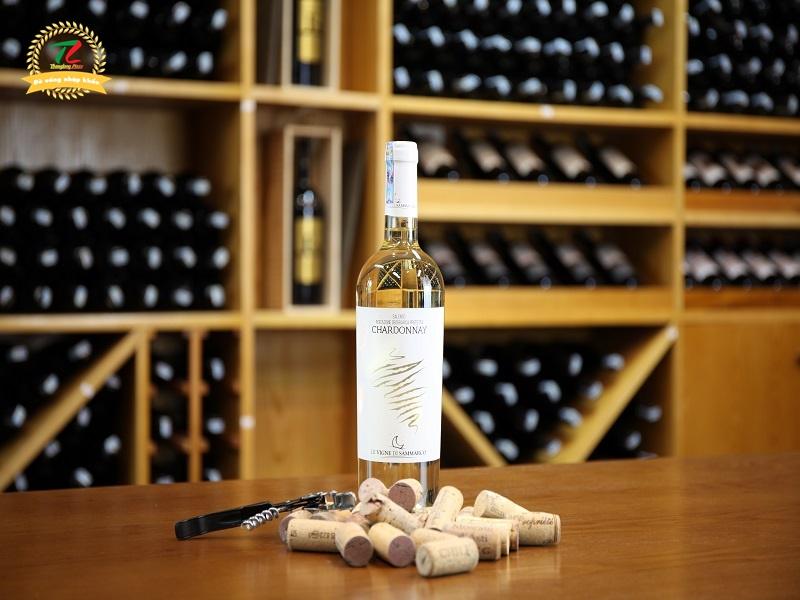 Rượu vang Salento Indicazione Geografica Protetta Chardonnay