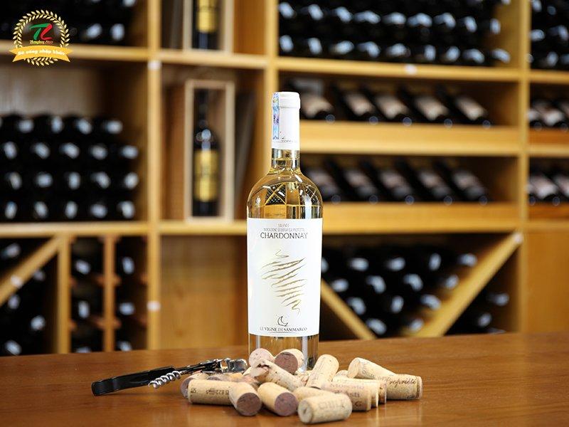 Giải nhiệt mùa hè cực đã với 6 chai vang trắng ngon tuyệt