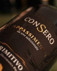Đắm chìm trong hương vị mãnh mẽ say đắm cùng Consero Appassimento Primitivo Salento