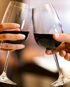 """7 sai lầm khiến bạn """"kém sang"""" khi thưởng thức rượu vang"""